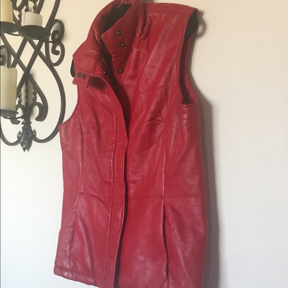 C By Aport Claire M Leather Sz Snap Vest Red dBWCroex